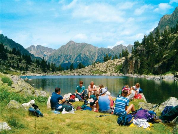 Pyrenees family vacation, Spain