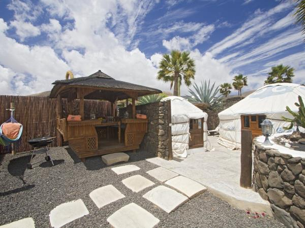 Yurt vacation accommodation in Lanzarote, Canary Islands