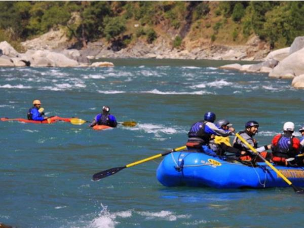 Brahmaputra rafting vacation in India