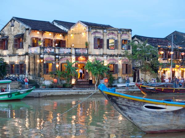 Private luxury tour of Vietnam
