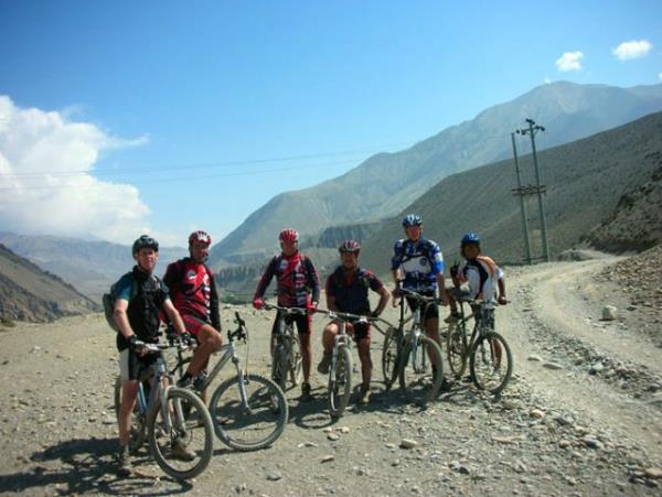 Himalaya mountain biking vacation, Nepal