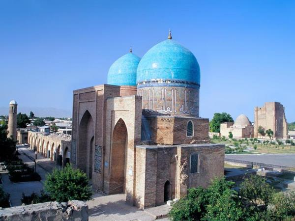 Silk Road vacation, small group