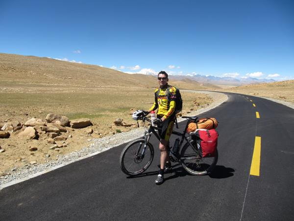 Tibet biking vacation