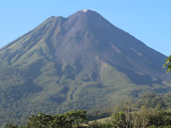 Costa Rica tailor made vacation, vistas and volcanoes