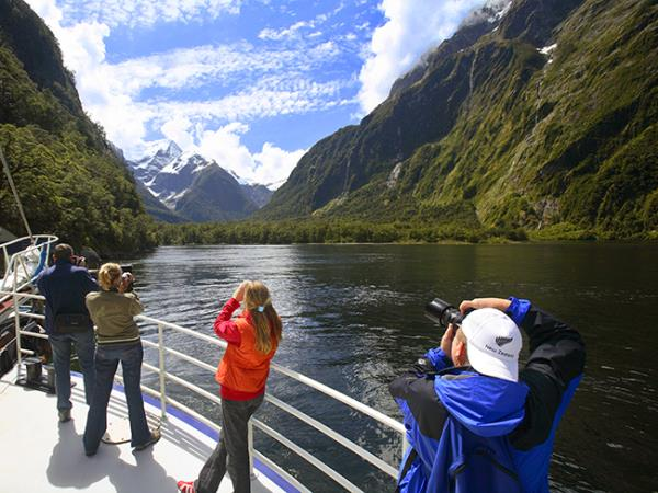 New Zealand 23 day small group tour