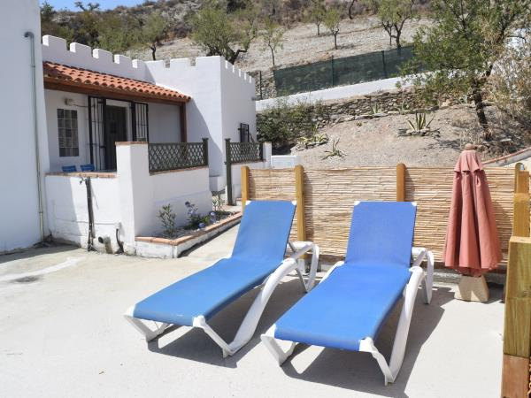 Andalucia self catering cottage on finca, 2 bedrooms
