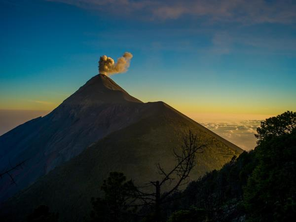 Guatemala tailor made vacation, culture and volcanoes