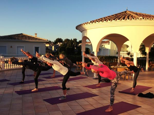 Luxury yoga & wellness retreat in Spain, just glow