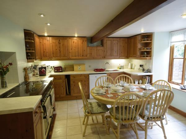 Isle of Wight self catering cottage nr Shorwell, England