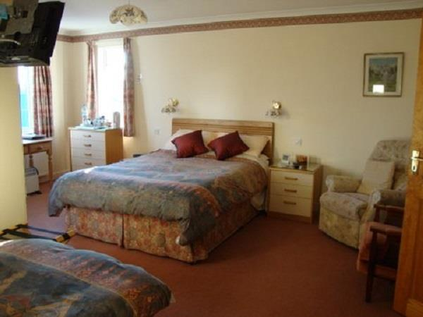 West Devon accommodation, B&B on organic farm, England