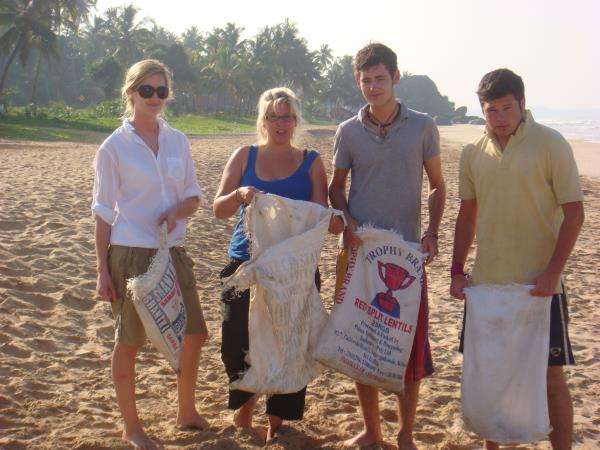 Sri Lanka community volunteering