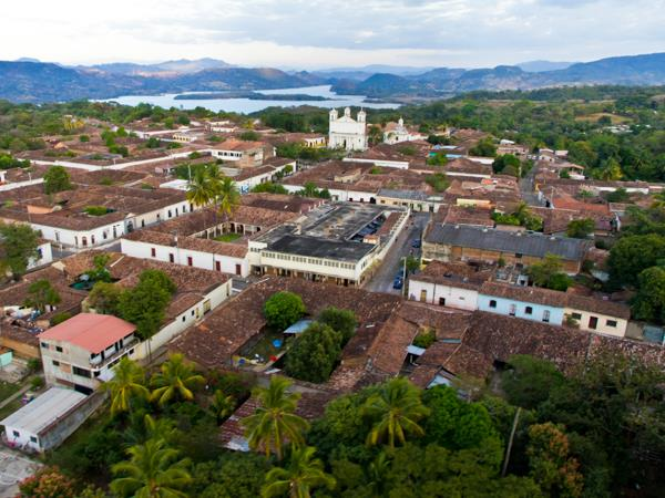 El Salvador tour, private departure