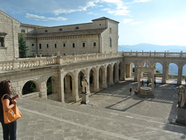 Italy tailor made cultural vacation, Lazio