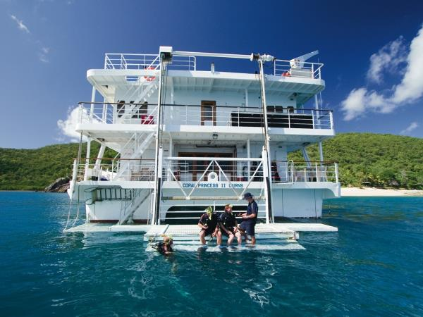 Great Barrier Reef 3 day cruise in Australia