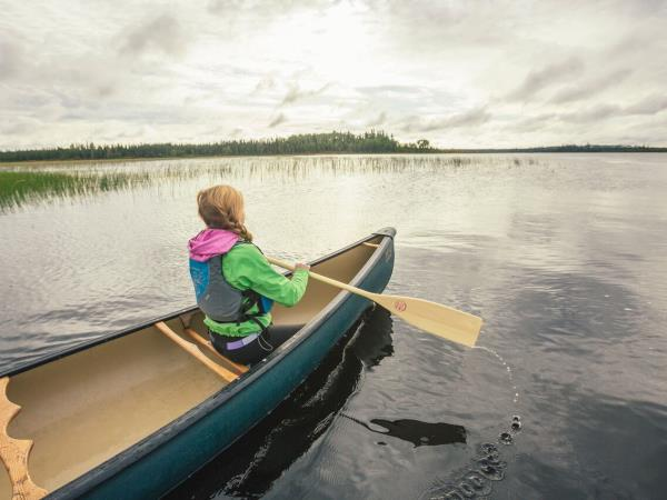 Wilderness activity and wildlife vacation in Ontario, Canada