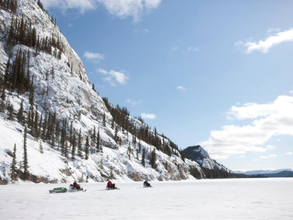 Yukon winter activity and northern lights vacation