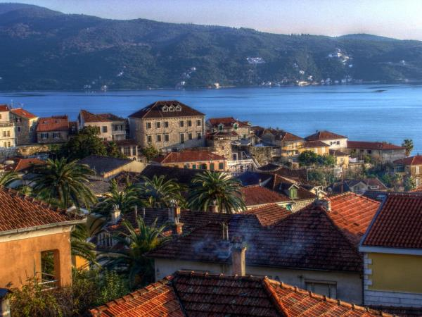 Montenegro cultural highlights tour