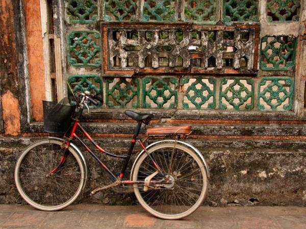 Cycle Hanoi to Saigon tour