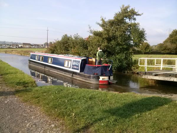 The Leeds and Liverpool Canal hiking holiday, England