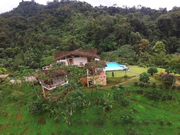 Costa Rica eco lodge in a private reserve