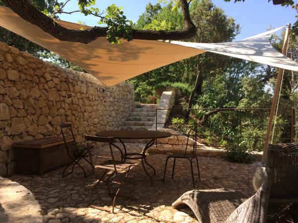 Rural France accommodation, heart of the Provence