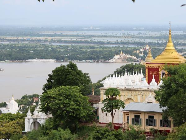 Irrawaddy river cruise, Burma