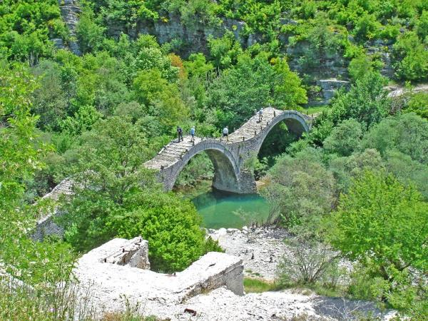 Greece self drive vacations, Vikos' Unesco Geopark