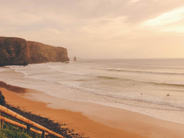 Yoga, surf and nutrition vacation in Portugal