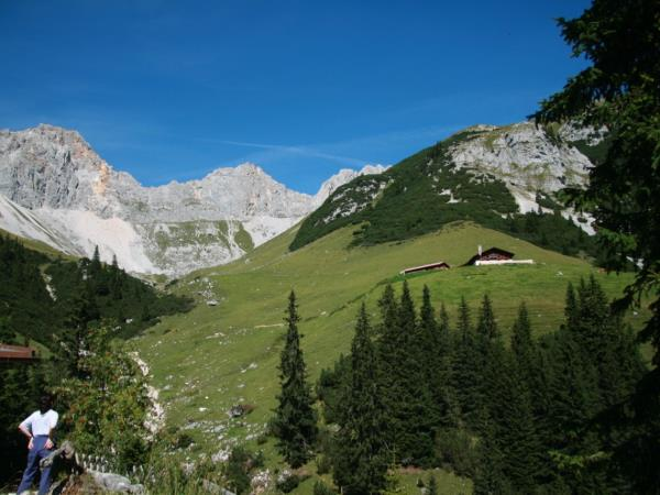 Austrian Tyrol walking vacation, self guided