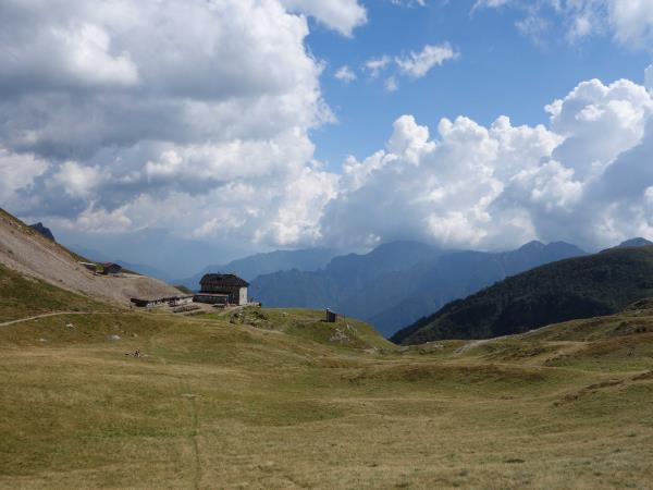 Italian Alps hiking vacation