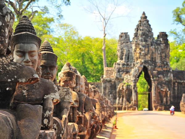 Cambodia discovery vacation, tailor made
