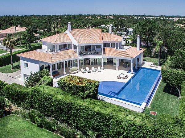 Algarve luxury 4 bedroom villa in Portugal