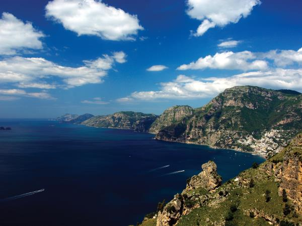 Amalfi Coast hike, boat & kayak vacation