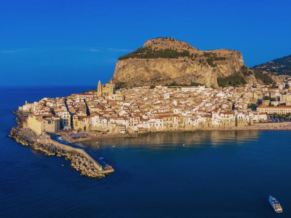 Sicily small ship cruise, food & culture