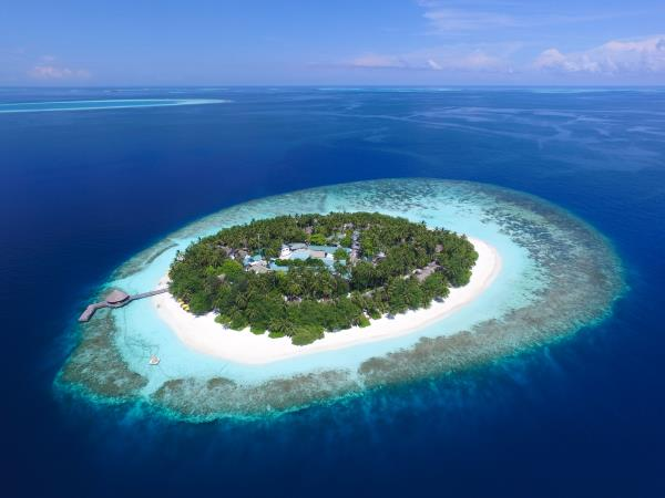 Maldives luxury beachfront villas