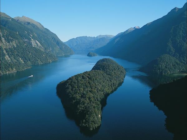 Doubtful Sound and South Island tour, New Zealand