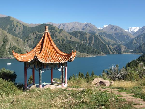 Silk Road cycling tour in China
