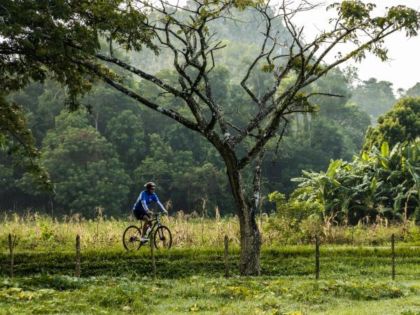 Cuba self guided cycling vacation