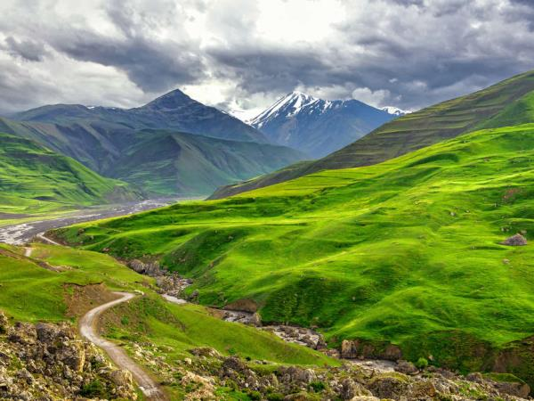 Azerbaijan Caucasus hiking vacation