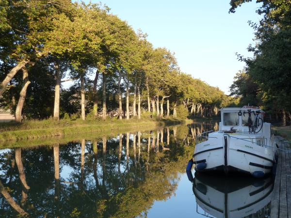 Canal Du Midi self guided cycling vacation