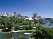 Adelaide city and river, South Australia. Photo by South Australia Tourist Board