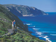Sea view on the 'Bib' track in Western Australia. Photo by Tourism Western Australia