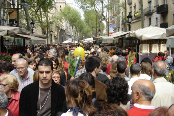 Overtourism In Barcelona Helping Dreamers Do