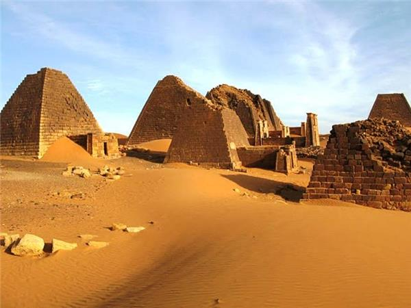 Sudan vacation, small group tour