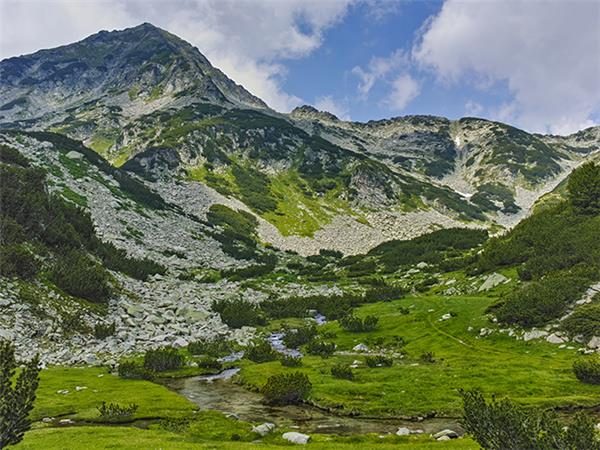 Bulgaria hiking vacation