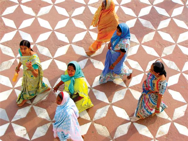 India vacation, small group