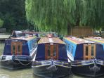 Oxfordshire narrowboat vacation England