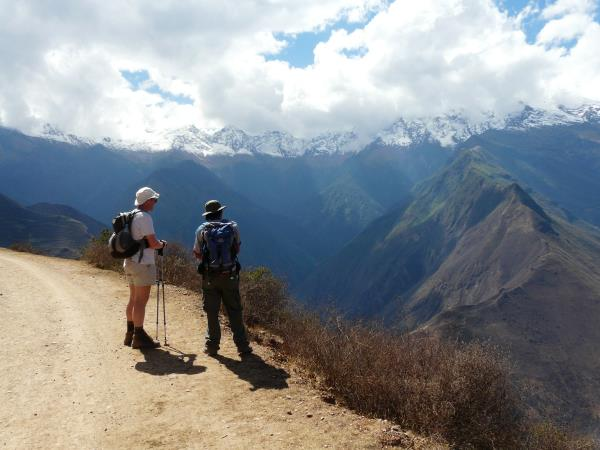 Peru trekking vacation, Machu Picchu & Choquequirao