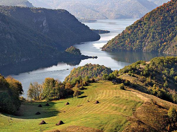 Serbia vacation, small group tour