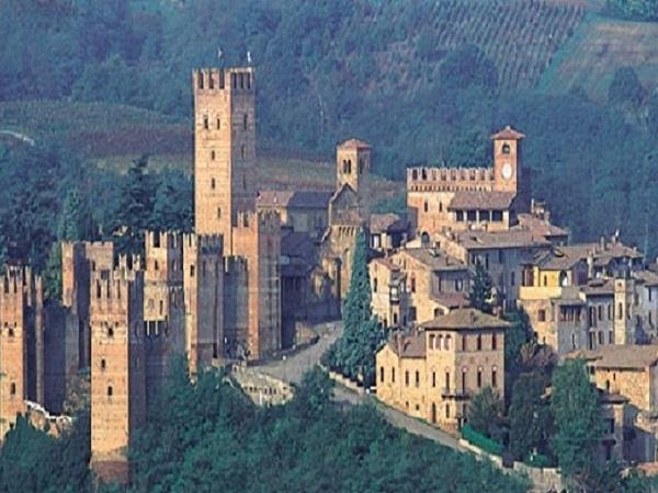 Parma tour, food and culture vacation in Italy